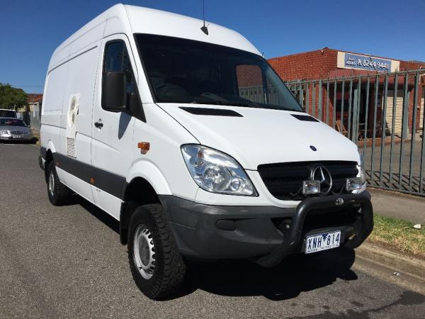 mercedes benz sprinter 4x4 high roof for sale used van sales used vans and light commercials. Black Bedroom Furniture Sets. Home Design Ideas