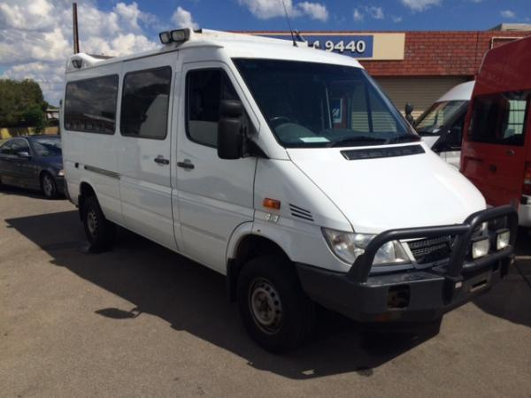 mercedes benz sprinter 4x4 4wd for sale used van sales used vans and light commercials for. Black Bedroom Furniture Sets. Home Design Ideas