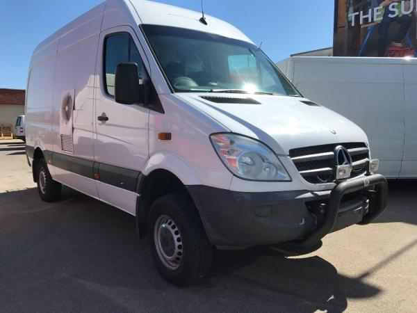 used 2010 mercedes benz sprinter 4x4 high roof 4wd van. Black Bedroom Furniture Sets. Home Design Ideas
